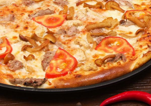 Піца Максиміліана